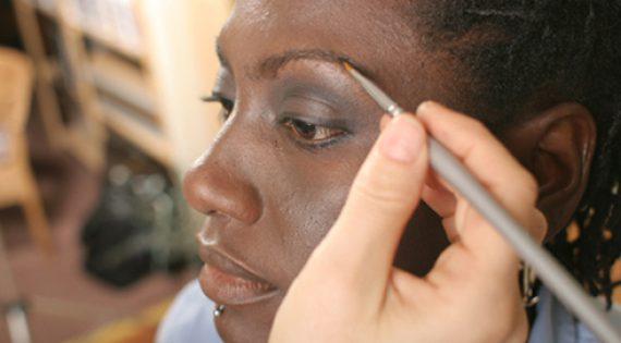 Monave Makeup Tutorial: Beautiful Dark Skin Model