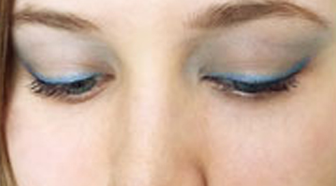 A Cool Summer Look with Monave Blue Liner