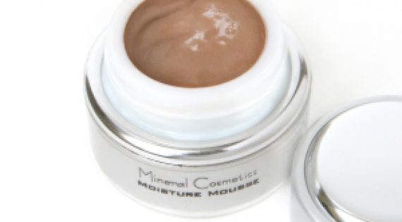 Comparing Monave Mousse, Cream, and Liquid Matte Foundations